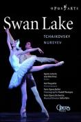 Swan Lake: Paris Opera Ballet [Regions 2,4]