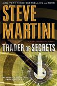 Trader of Secrets (Paul Madriani Novels  [Large Print]