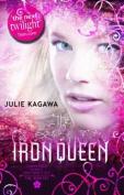 The Iron Queen (The Iron Fey, Book 3)