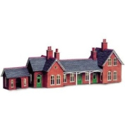 Metcalfe PN109 N Gauge Card Kit Red Brick Style Station Buildings