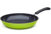 The 20 cm Green Earth Frying Pan by Ozeri, with Textured Ceramic Non-Stick Coating from Germany
