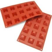 Freshware 15-Cavity Mini Pyramid Silicone Mould and Baking Pan Small