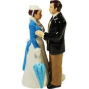 Westland Giftware Gone with The Wind Magnetic Scarlett and Ashley Salt and Pepper Shaker Set 12.1cm