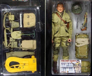 "Dragon Cyber Hobby Exclusive - Colonel Charles ""Kit"