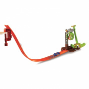 Hot Wheels Claw Escape Track Set