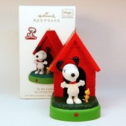 in The Groove Snoopy 2010 Hallmark Ornament