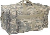 Everest DC1027-CM 27 in. 600 Denier Polyester Digital Camo Print Duffel Bag