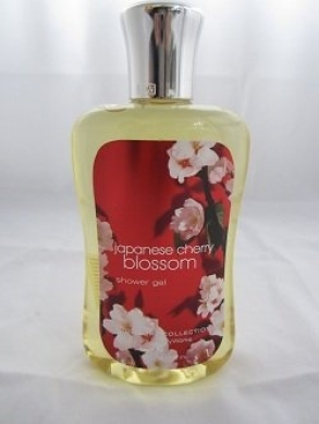 Bath & Body Works Japanese Cherry Blossom Signature Collection Shower Gel (10 oz)
