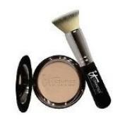 it cosmetics, Celebration Foundation, Light/Medium, Includes Brush