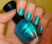 Confetti Tahitian Turquoise Nail Colour 065