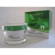 Seacret Renew Mineral Rich Scrubbing Mask