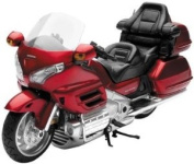 New Ray Honda 2010 Goldwing Model - 1:12 Scale/Burgundy