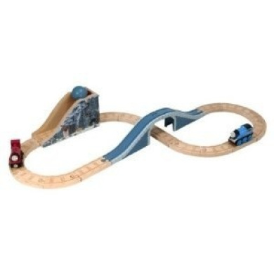 Wooden Thomas the Tank Engine: Boulder Pass Battery Operated Set LC98537