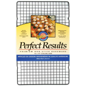 Wilton W6813 Perfect Results Non-Stick Cooling Grid