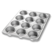 Chicago Metallic Bakeware Aluminized Steel Glazed Cupcake / Muffin Pan