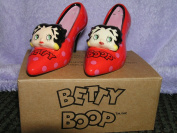 Betty Boop Polka Dot Pumps Shoes Collectible Salt and Pepper Shakers