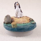 """Liver & White Springer Spaniel Candle Topper Tiny One """"A Day on the Beach"""""""