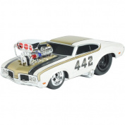 Muscle Machine 1:24 Scale Vehicle - 1970 Oldsmobile 442
