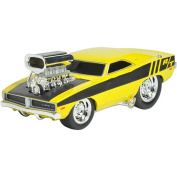 Muscle Machine 1:24 Scale Vehicle - 1969 Dodge Charger