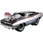 Muscle Machine 1:18 Scale Vehicle - 1969 Dodge Charger R/T - Red/Black