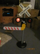 Pavlov'z Toyz Motion-Activated Talking Railroad Crossing