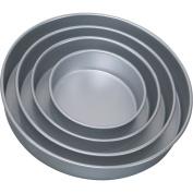 Wilton® Performance Pans® Round Pan Set 4 ct Pack