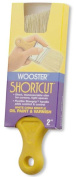 Wooster Cleaning Solutions 5.1cm . Shortcut White Bristle Angled Brush 0Z32150020