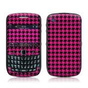 DecalGirl BBC5-HTOOTH-PNK BlackBerry Curve 8500 Skin - Pink Houndstooth