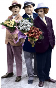 Advanced Graphics 555 Three Stooges-Flowers Life-Size Cardboard Stand-Up