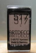 Eyeshadow Matt colours of Artdeco - 517 matte chocolate brown-.