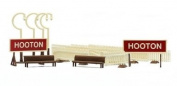 Dapol Model Railway Platform Fittings Plastic Kit - OO Scale 1/76