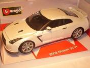 fits Nissan Skyline Gtr Gt-r R35 R 35 2009 Coupe Weiss 1/18 Bburago Burago Modellauto Modell Auto