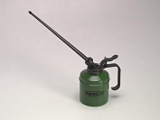 Wesco 40/N 500cc Oiler With 9in Nylon Spout