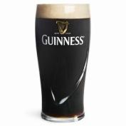 Guinness Pint Glasses CE 20oz / 568ml (Set of 2) + 2 Beer mats