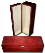 Burgundy Wine Box - Lacquered wine Carrier with clasps- 1 bottles