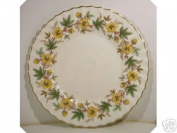Royal Doulton Chatsworth dinner plate Yellow H4794