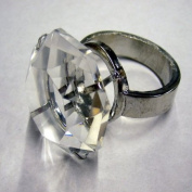 SET OF 4 CRYSTAL napkin RINGS DIAMOND RING STYLE