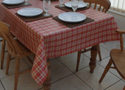 140x300cm OBLONG PVC/VINYL TABLECLOTH - RED & CREAM cheque WITH HEARTS