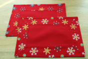 Homescapes - Christmas - Placemats - 2 Pc set - Red Snowflake - X Mas design - 100% cotton - White Green and Red Colour - Washable at Home