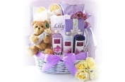 A Day to Relax with Mommy by GiftBasket