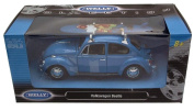 Diecast Volkswagen Beetle blue with Surfboard 1/24 scale