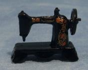 Dolls Houses - Accessories - Sewing Machine Black Metal - D015