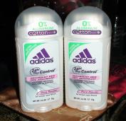 Lot of 2 Adidas 24 Hr Deodorant Pure Powder Aluminium. Size!! 80ml