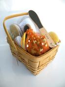 Spa Kit,Spa Bath Basket-Pamper Your Soul:Deluxe Natural Bath & Beauty Spa Basket, Comes With Gorgeous Super Rich Re-Useable Rectangle Basket (Size At 25cm Wide x 22cm Deep x 13cm High Plus Convenient Handle)-The Super Rich Spa Basket 7 pcs/Set For All  ..