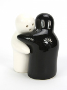 Salt and Pepper Loving Couple Set - Black and White