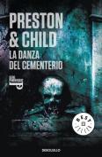 La danza del cementerio/ Cemetery Dance (Translation)