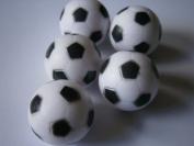 5 plastic black & white football / foosball balls for table football tables