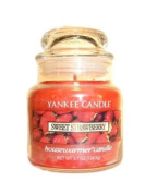 Yankee Candle Small Sweet Strawberry Jar Candle 1053529