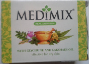 Medimix Moisturising Glycerine & lakshadi Oil 125 GM X 2 Pcs