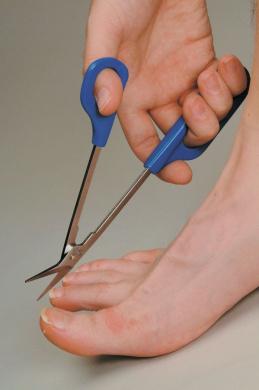 Long Handled Toenail Scissors: EXTRA REACH long shank